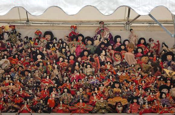 Ningyo Kuyou (doll mass) at Mondoyakujin, Nishinomiya City, Hyogo Pref.