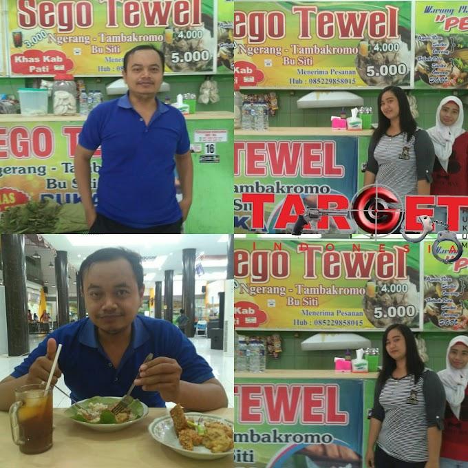 Kuliner Sego Tewel Bu Siti di Pasar Pragolo Memang Well Dan Makyuz