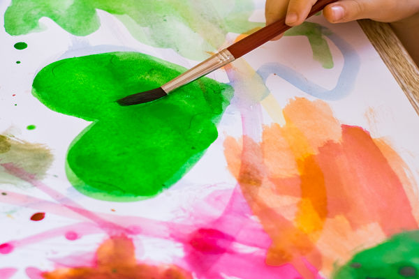 MAKE YOUR OWN WATER-COLOR PAINTS (easy recipe & they FIZZ!) #homemadepaintrecipe #paintrecipeforkids #homemadewatercolorpaint #homemadewatercolors #homemadepaintkids #homemadepaint