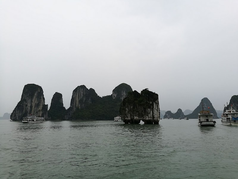 Ha Long Bay Day Trip, Hanoi