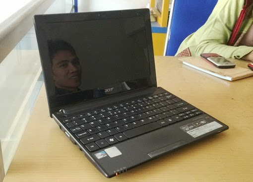 jual netbook second acer aod 255