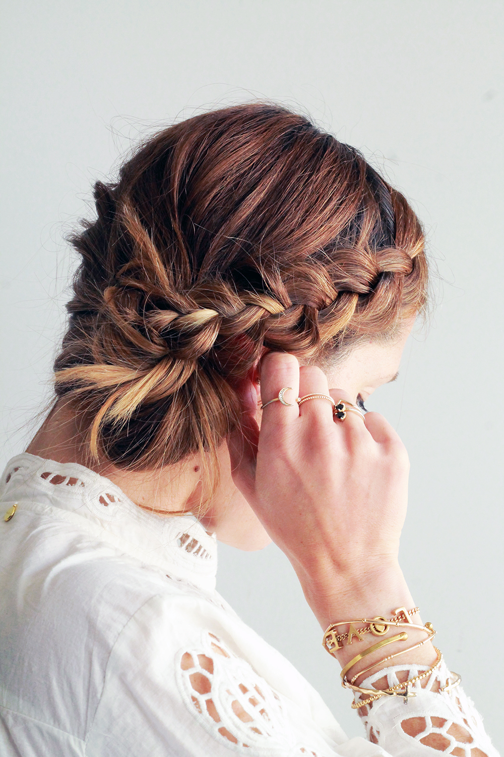 New Style 44+ Braided Hairstyles Messy Bun