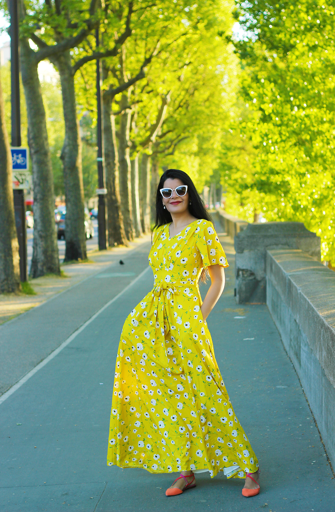 Eiffel Tower fashion photo, Paris street style, Yellow Dress, eshakti yellow dress, Maxi dresses for summer