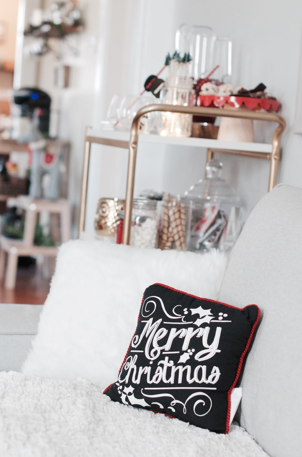 Hosting a Holiday Party + Small Space Decor Ideas | The Style Brunch