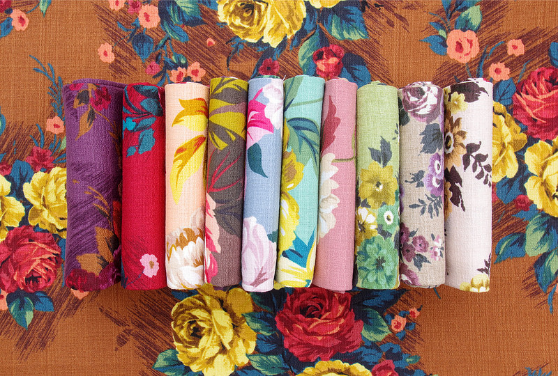 Outback Wife 2017 (Florals)  by Gertrude Made - Cathi Bessell-Browne  for Ella Blue Fabrics | © Red Pepper Quilts