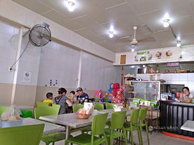 Es Krim Ria : Kuliner Melegenda di Kota Medan