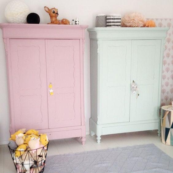 stylowa szafa do pokoju dziecięcego