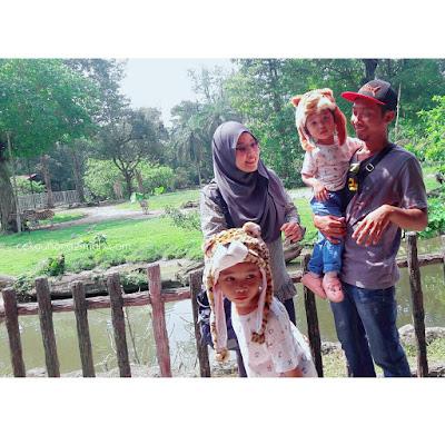 gambar keluarga, cabaran mengambil gambar keluarga, cabaran anak kecil, tips keibubapaan, zoo taiping