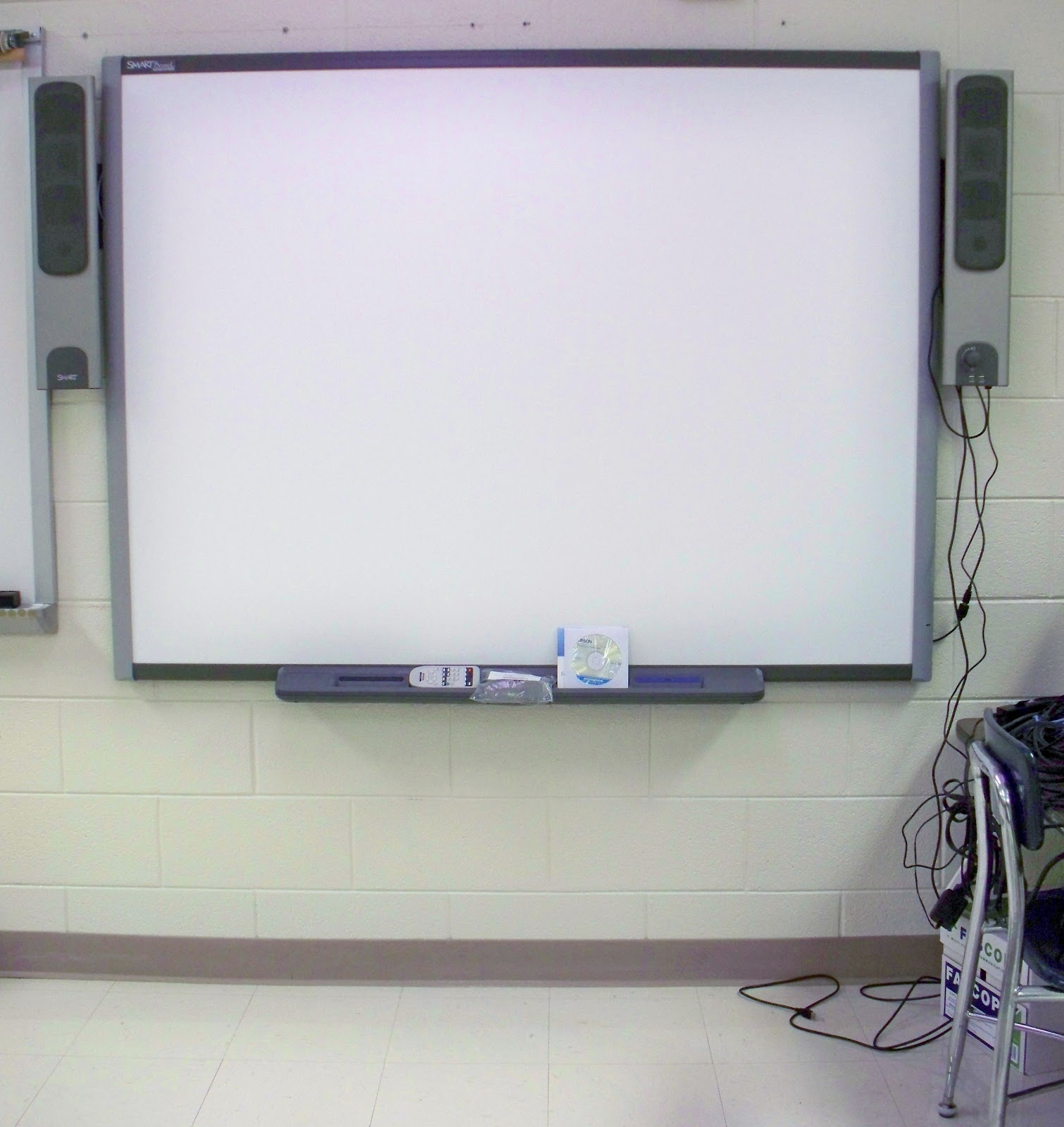 classroom with smartboard clipart - HD1511×1600
