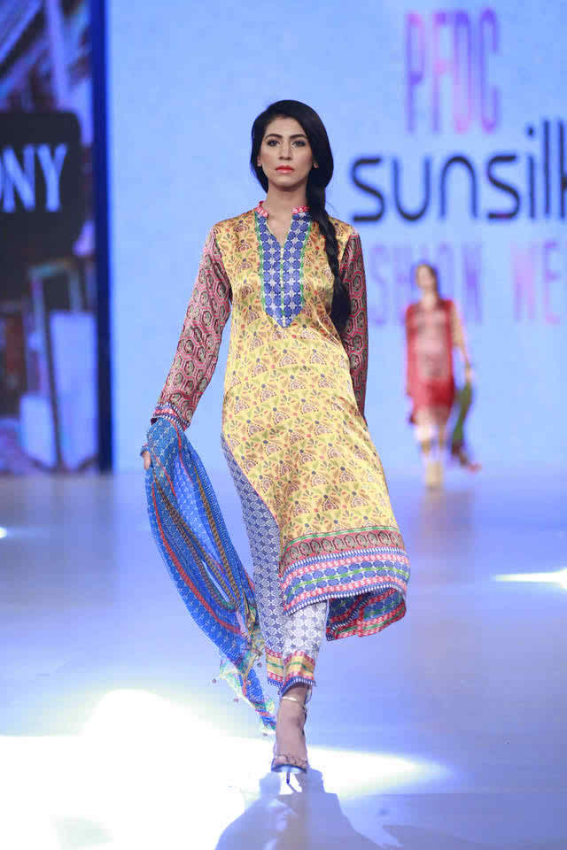 Harmony 'Ethnic Fusion Collection at PSFW 2016