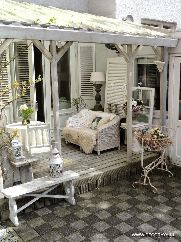 Arredamento stile shabby chic arredare interni ed esterni for Arredamento della casa con la a