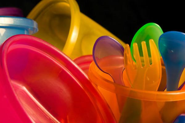 Membedakan Jenis Plastik Dari Logo Segitiga dan Resikonya untuk Kesehatan