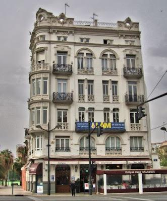 http://maritimodevalencia.blogspot.com.es/2017/04/edificio-calabuig.html