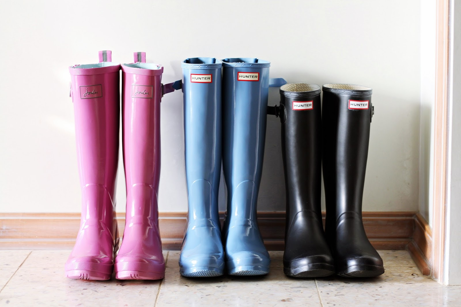 Hunter Boots Vs Joules Rain Boots For Wide Calves