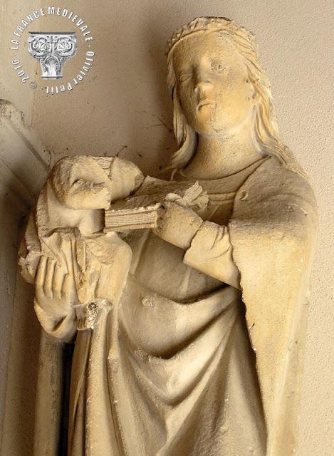 BOUVRON (54) - Vierge à l'Enfant (XVe siècle)