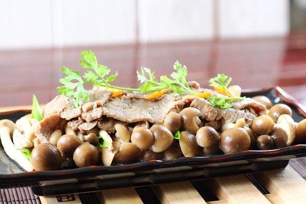 Công thức chế biến món thịt bò xào nấm linh chi ngon