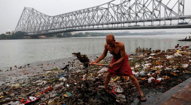 آصف شاہد: نئی صدی، پاکستان، بھارت اور بنگلہ دیش کے لیے '' موت کا پروانہ''