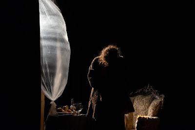 http://www.teatrotendaduelune.org/documenti/WILDE.pdf