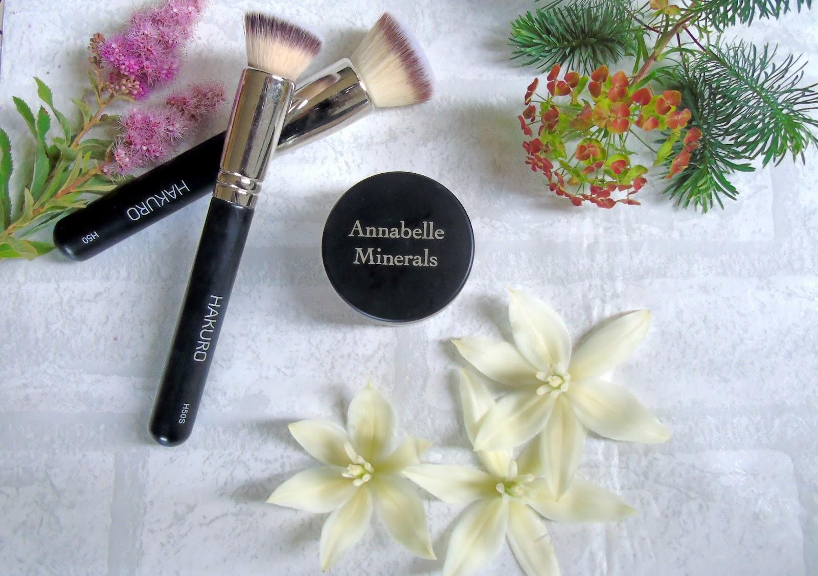 Podkład mineralny Annabelle Minerals - matujący Golden Fair - moja recenzja