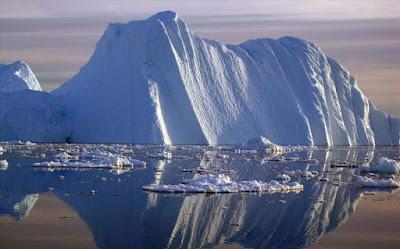 Ενα από τα μεγαλύτερα παγόβουνα της ιστορίας αποκολλήθηκε στην Ανταρκτική
