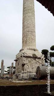 Colonna traiana visita guiada portugues - A Coluna Traiana
