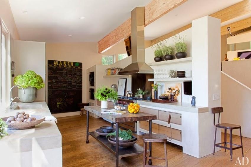 Domy gwiazd: Rezydencja Patricka Dempsey'a z serialu Chirurdzy, wystrój wnętrz, wnętrza, urządzanie domu, dekoracje wnętrz, aranżacja wnętrz, inspiracje wnętrz,interior design , dom i wnętrze, aranżacja mieszkania, modne wnętrza, willa, styl klasyczny, kuchnia