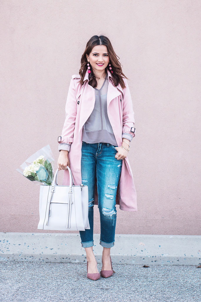 Pink Trenchcoat Monochrome Trend Blogger Outfit