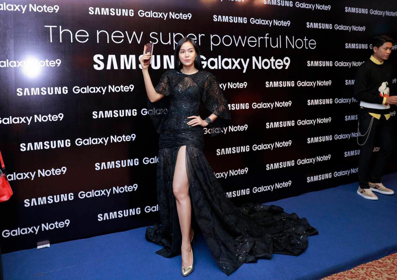 Aye Wutyi Thaung Attends Samsung Galaxy Note 9 Launch Event in Myanmar