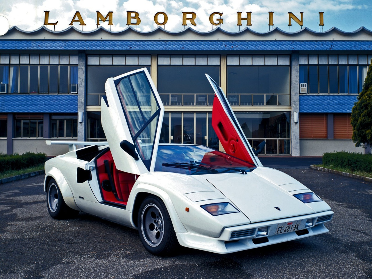Luxury Lamborghini Cars Lamborghini Countach Wallpaper