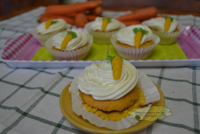 carrot cake cup cakes