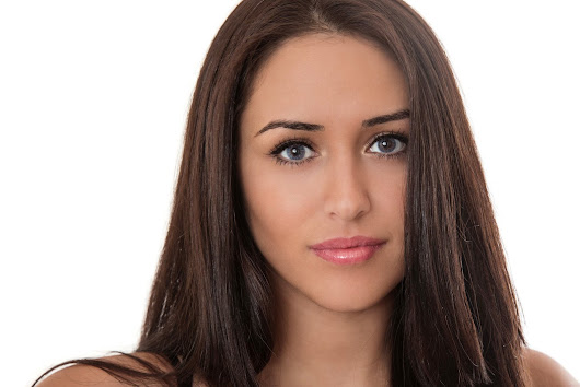 Coloured Contact Lenses by Geordie Shore's Marnie Simpson