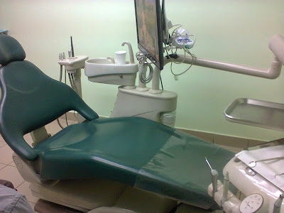 Klinik Pergigian Dr. Wong (di Beaufort, atas Watsons)