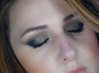 GREEN&BLACK EYES + NUDE LIPS!! NEW MAKEUP!!