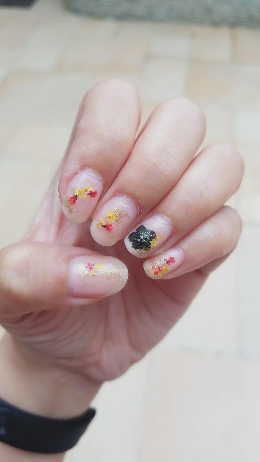 Dried Flower Nails - chichicho~