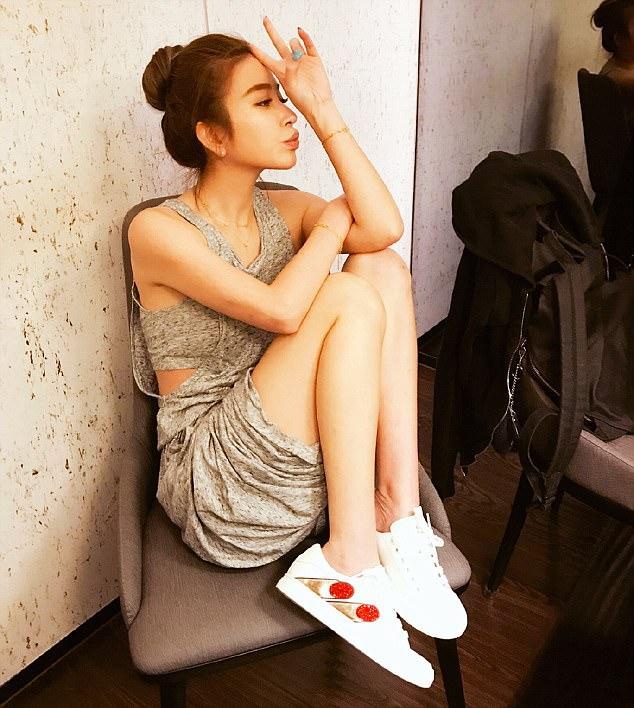 Sharon Hsu cantik dan hot
