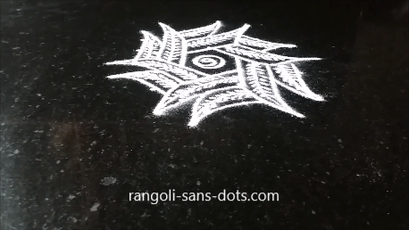 mango-leaf-rangoli-image-1aj.png