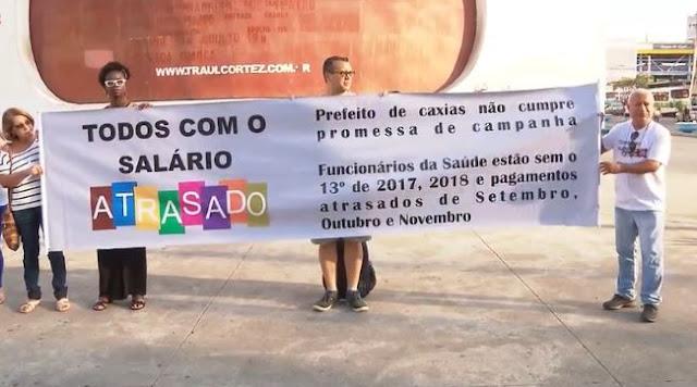 Sem salário, servidores de Duque de Caxias fazem protesto 4