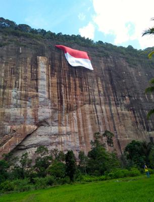 Tempat Wisata Ekstrim di Indonesia, Tantang Adrenalinmu di Sini