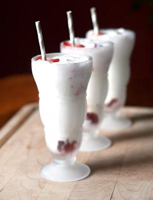 All She Cooks: Strawberry Ice Cream Soda