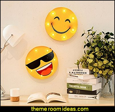 Marquee LED Lighted Smiley Face With Sunglasses Sign Wall Decor Battery Operated