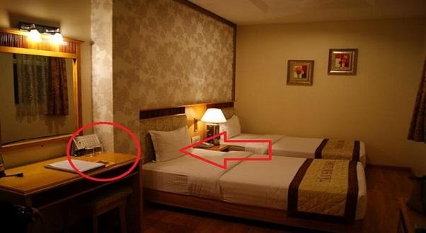 Inilah RAHSIA Di Bilik Hotel Yang Pekerja Hotel Tak Akan Beritahu Anda. Jangan TERKEJUT !!!