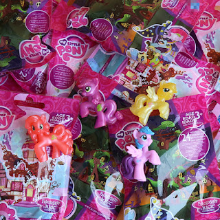 MLP Wave 16 Crimson Gala, Berry Green and Berry Green Blind Bag