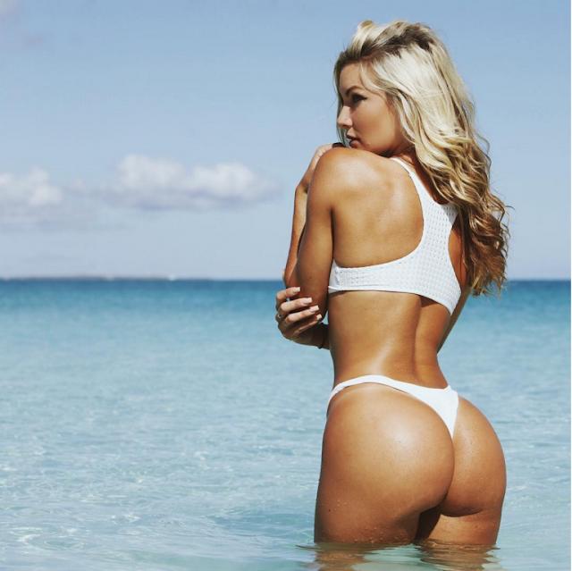 Hot girls Cassandre Davis sexy Ronaldo girlfriend