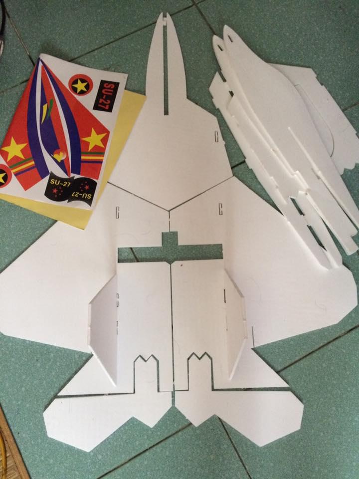 Kit máy bay cánh bằng F22