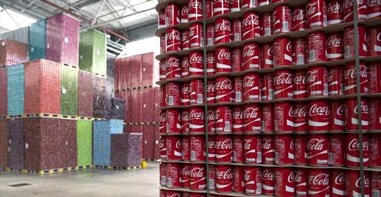 Funcionários da Coca-Cola encontram R$180 milhões em carga de cocaína