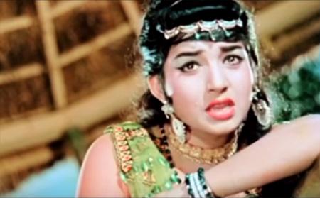 Jayalalitha Song: Adamal Adukiren Song Ayirathil Oruvan