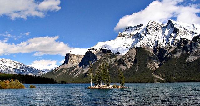 Lake Minnewanka - Banff National Park