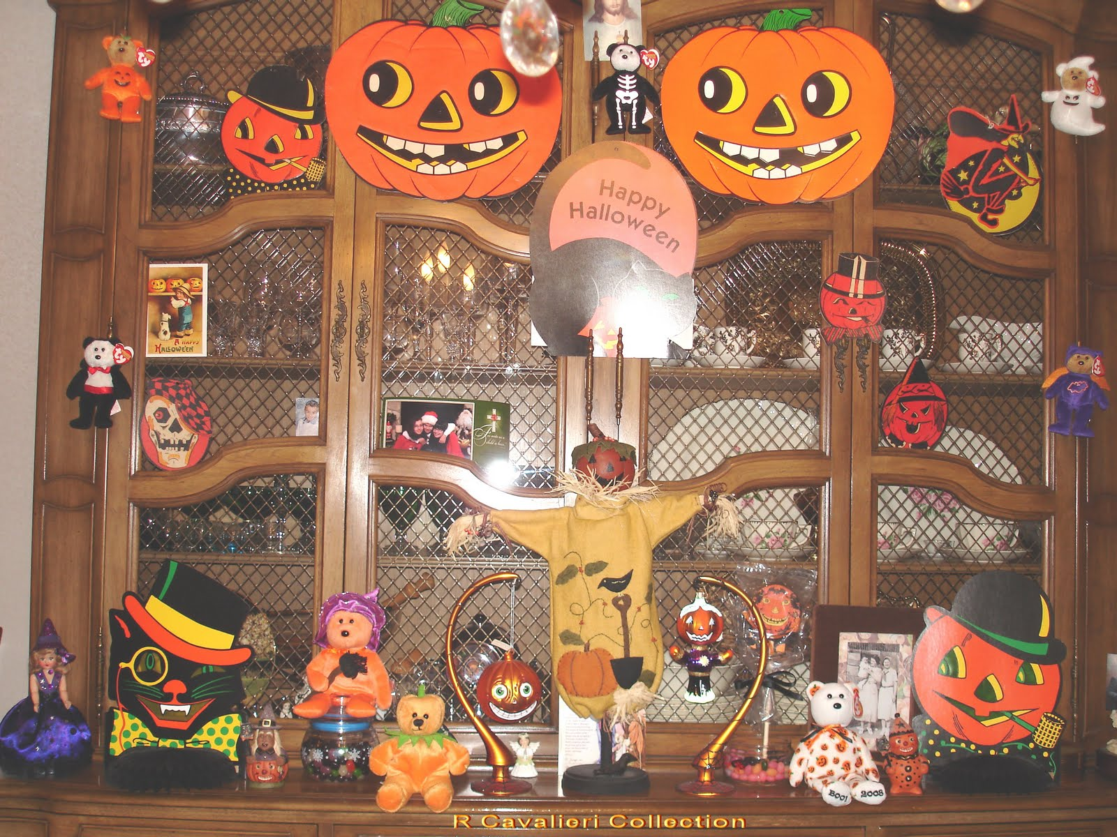 Vintage Halloween Collectibles 7