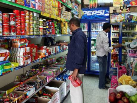 No More Expats in Baqalas – Only Saudis to be allowed to work in Grocery Stores