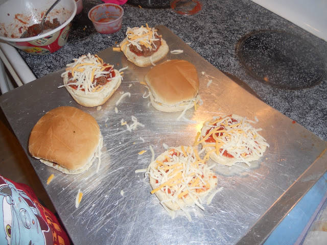 Kids Pizza Burgers